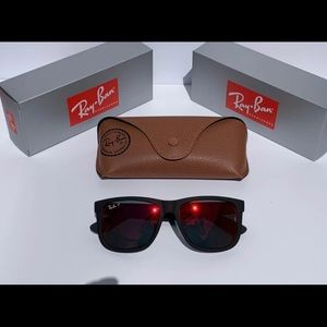 Ray Ban Justin (Polarized)/Black frame & Red lens